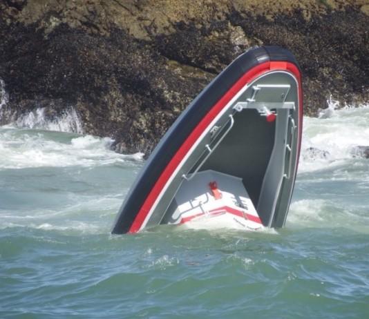 CA-San-Francisco-fireboat-capsized-1-3-26-16-534x462
