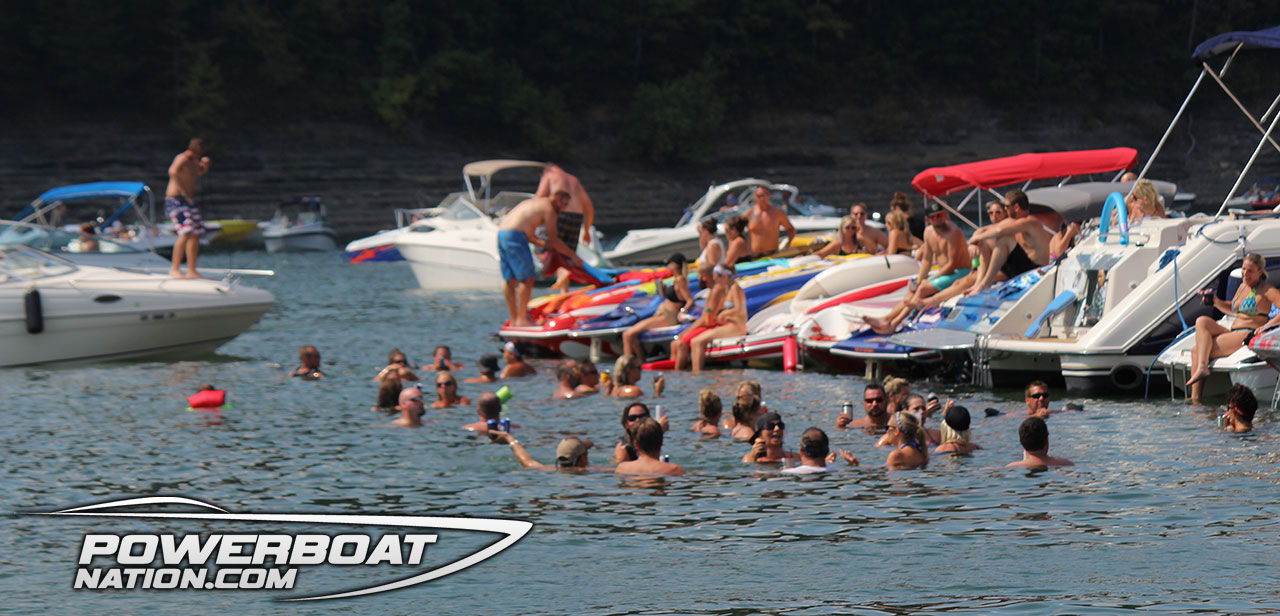 2013 lake cumberland poker run boat crash