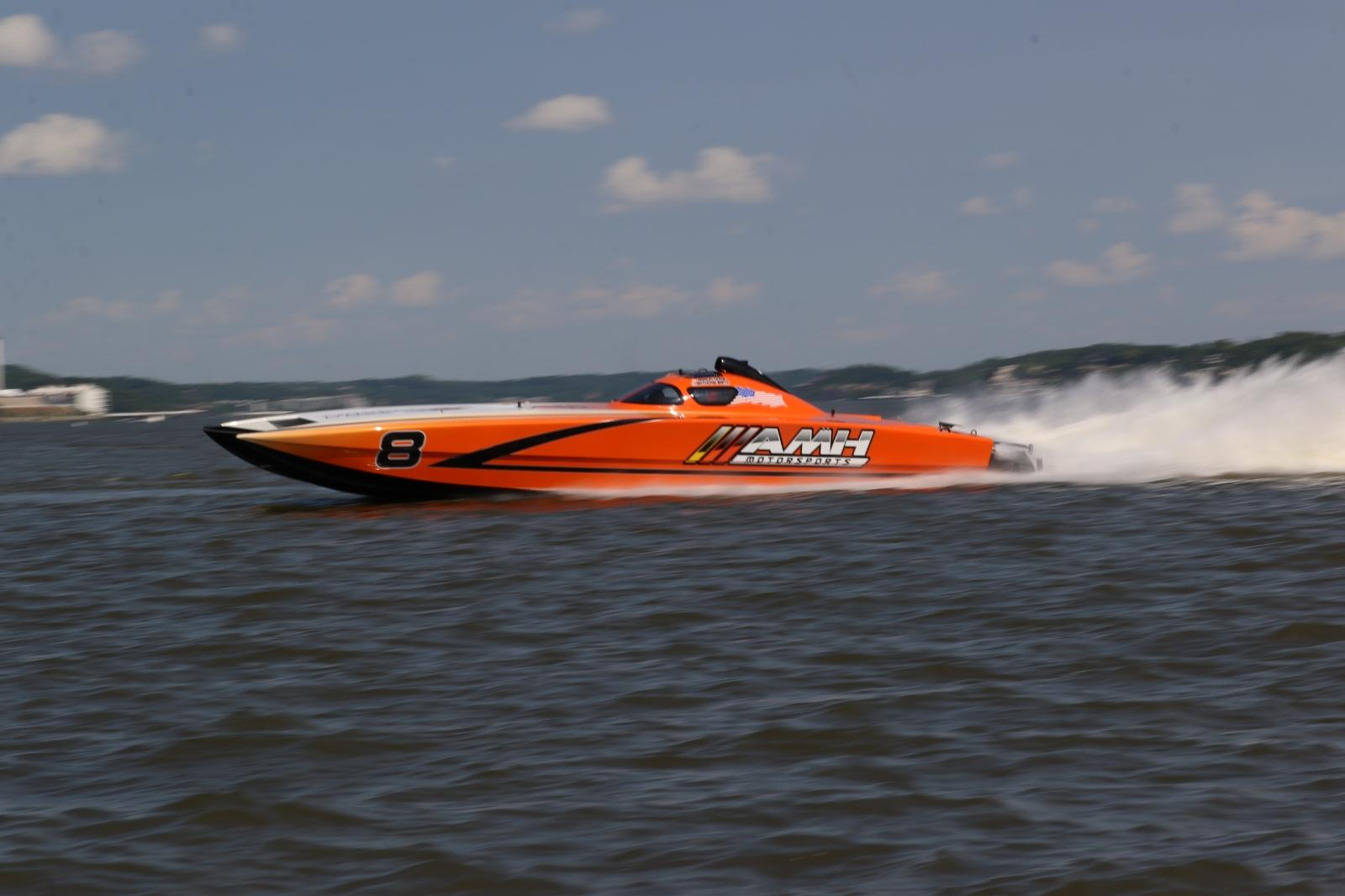 LAKE RACE 4: AMH Motorsports Grabs SuperCat Class Victory - Powerboat Nation